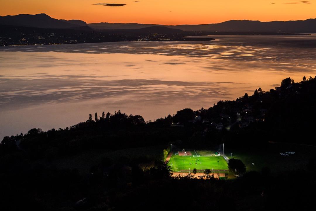 瑞士,拉沃地區布爾格,日內瓦湖畔。