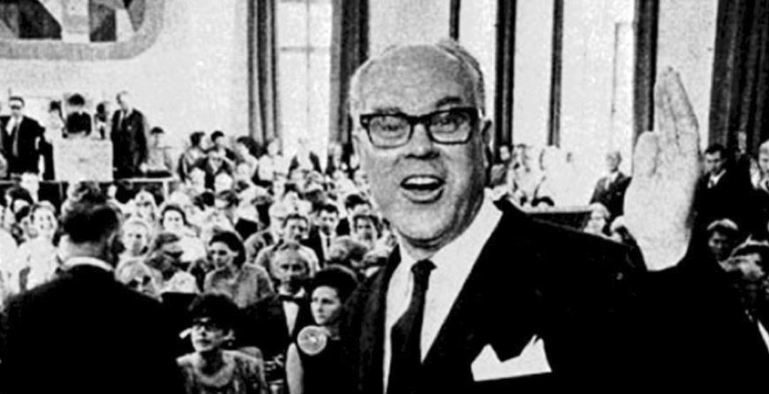1967年,瑞典國民健康局局長Bror Rexed演說照片至今深植瑞典人心中。