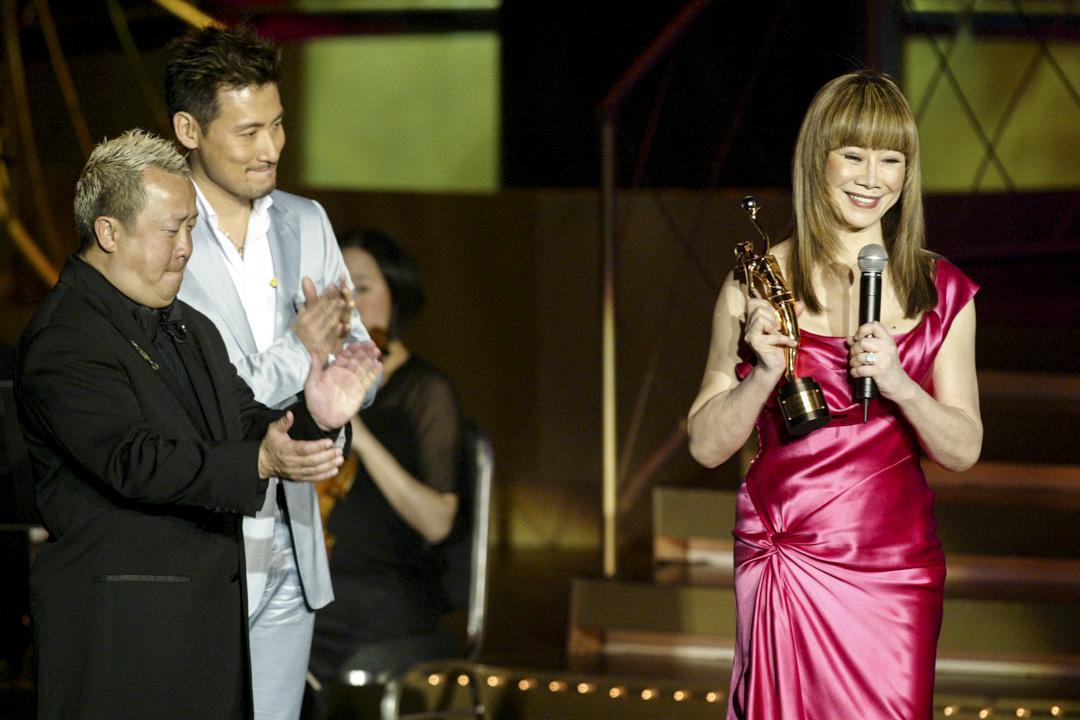 第23屆香港電影金像獎頒發給林振強職業精神獎,由林燕妮代領。林燕妮回憶了林振強生前說了一句話「上天對我真正好!」。