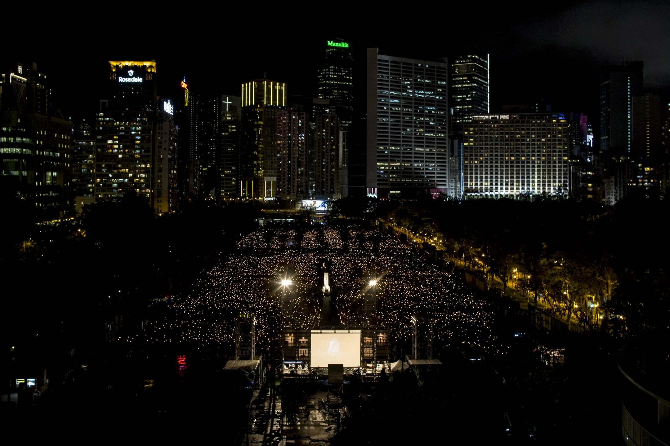 六四維園燭光晚會。 攝:林振東/端傳媒