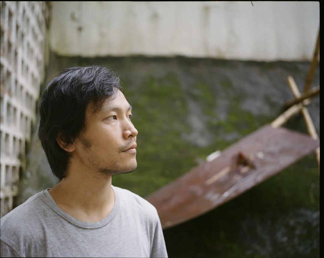 應亮曾以雨傘運動作為背景的短片《九月二十八日·晴》 ,奪得金馬獎最佳劇情短片獎,在領獎台上,他滿懷感激地說:「香港是一座俠義的城市。」