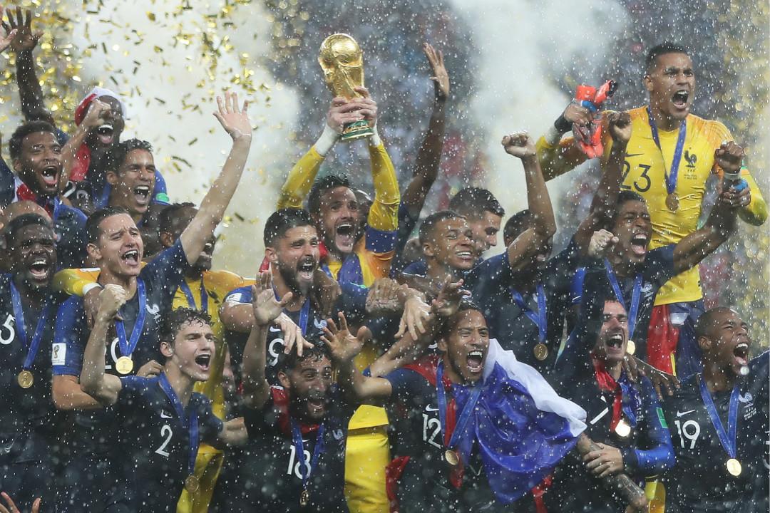 2018年7月15日,法國隊慶祝獲得世界盃冠軍。 攝:Ian MacNicol/Getty Images
