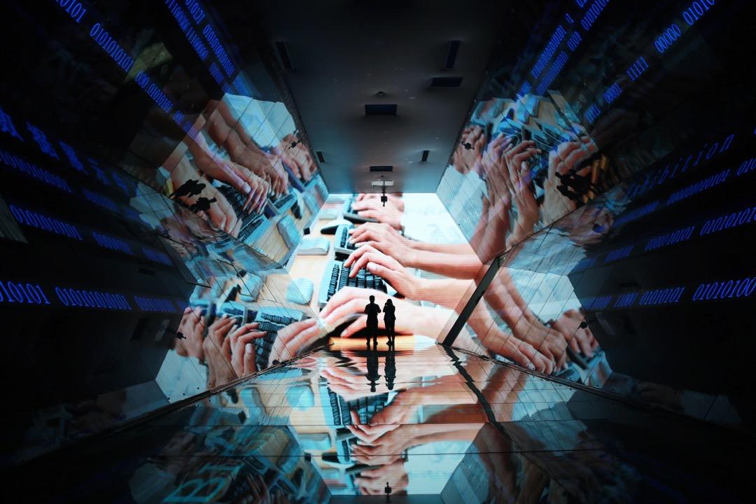電腦跑出來的估算並不能孤立地稱之為「中立」,當中呈現和強化既定的歧視。 攝:VCG via Getty Images