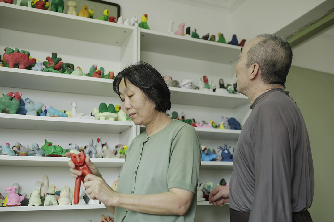 屋大瑋和蔡阿紅都是普通的退休人員,從未想過自己的作品會受到大眾賞識。
