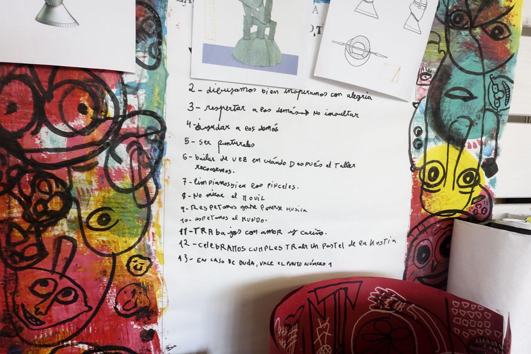 他們一起為設計工作室La Casa de Carlot制定的工作規則。