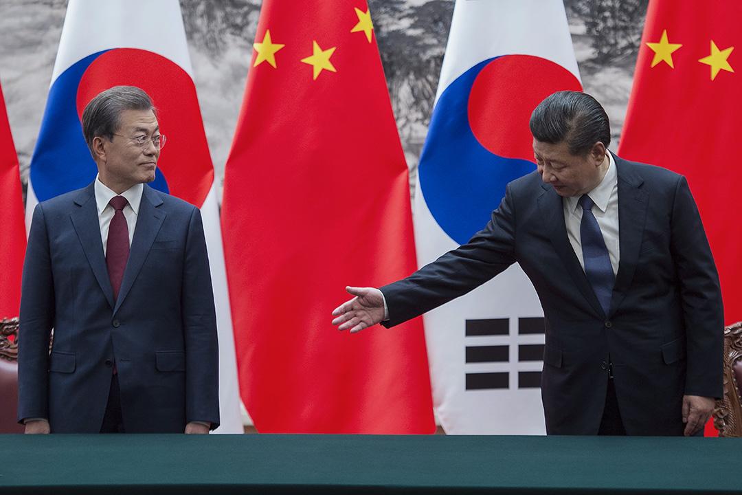 對照起熱心參與北京大閱兵的朴槿惠政府,文在寅政府對於中國顯然多了幾分防範,一個關鍵的因素可能是薩德(THHAD)。