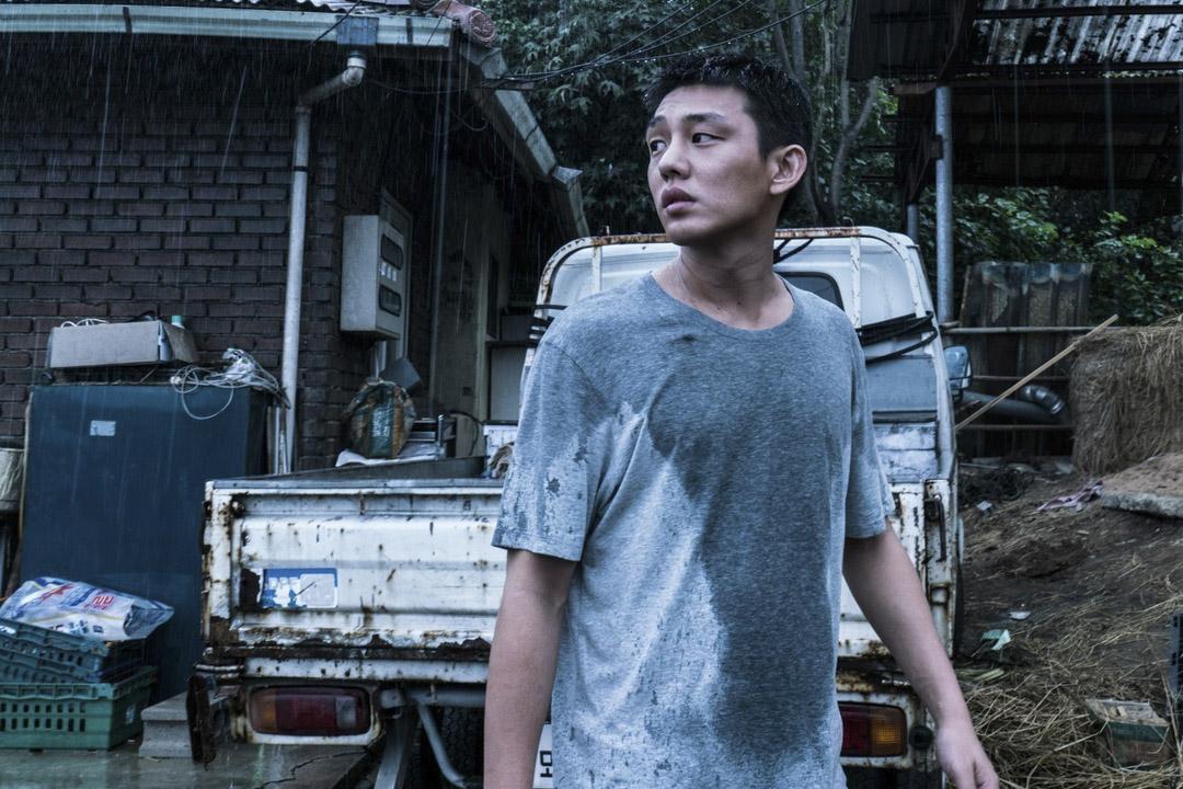 李鍾秀(劉亞仁飾演),《燃燒烈愛》(Burning)電影劇照。