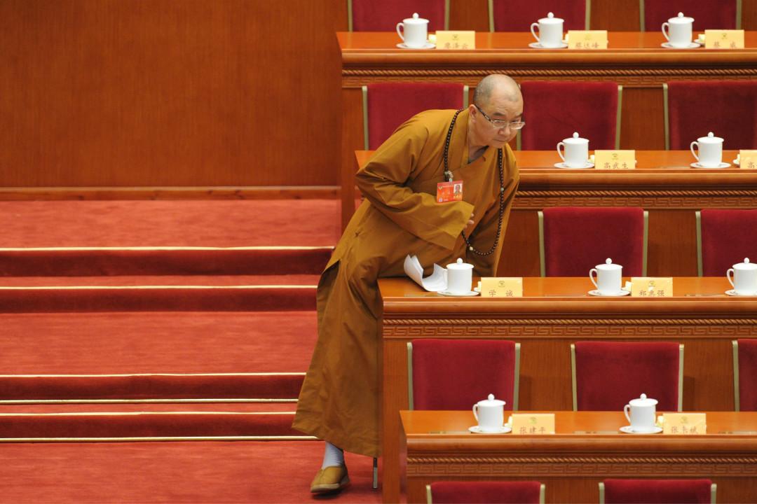 2014年3月3日,北京龍泉寺住持、全國政協委員釋學誠在人民大會堂參加全國政協會議。 攝:Wang Zhao/Getty Images