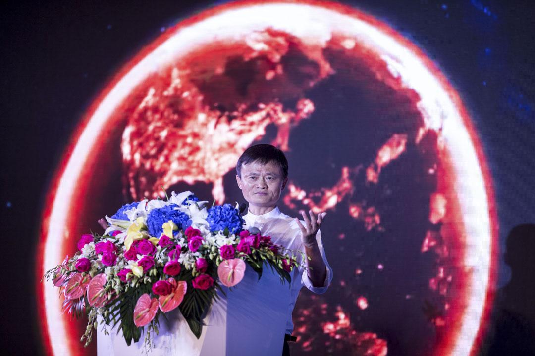 中國目前只有十家電信商、網絡服務商通過審核,全部都是中企,包括阿里、華為、中國移動等巨頭,得以運行雲端計算服務,內容則多屬於處理電子政務。