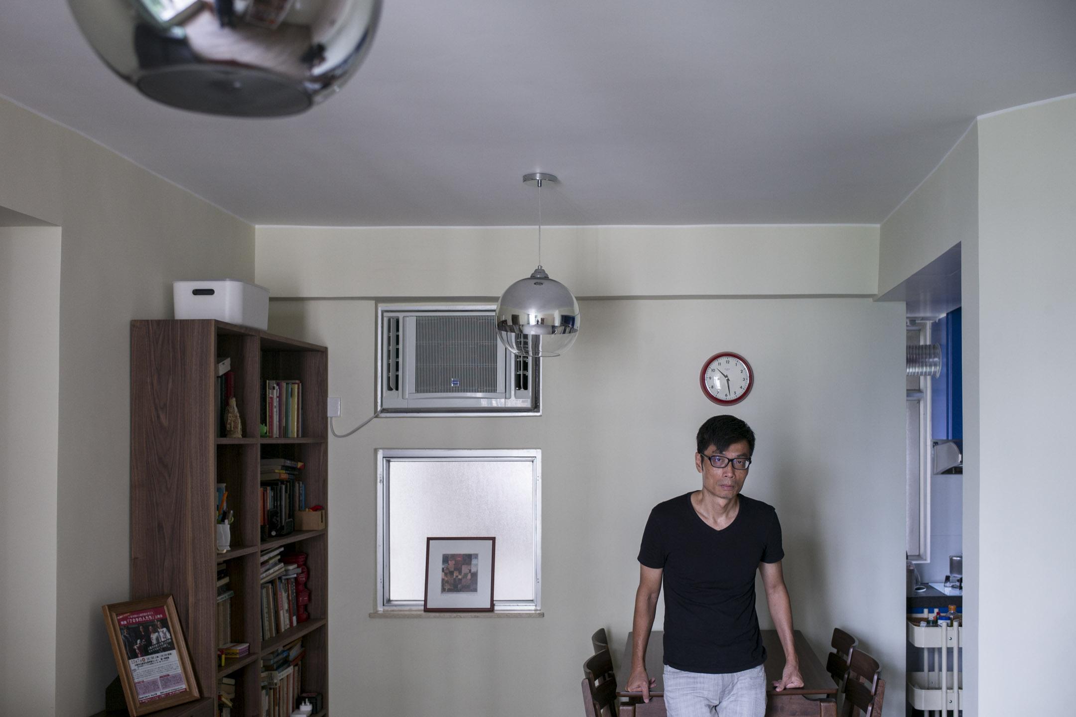 盧敬華以紀錄片《709人們》與《709彼岸》,記錄一群中國維權律師遭到打壓、逮捕,家屬被迫流亡海外的事蹟。 攝:林振東/端傳媒