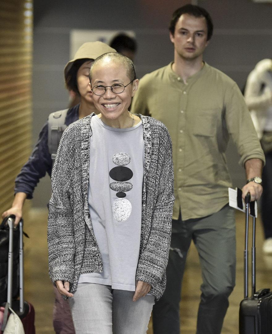 2018年7月10日,諾貝爾和平獎得主劉曉波的遺孀劉霞於早上搭乘飛機離開北京前往德國柏林,期間抵達中途站芬蘭赫爾辛基機場的一刻。