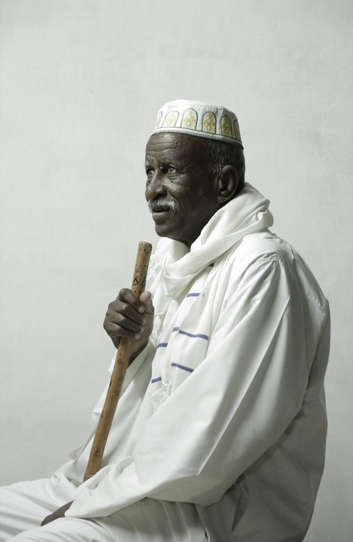攝影師為77歲的Mohammed Youssef在Wadi Karkar拍下人像。Wadi Karkar是埃及政府為賠償努比亞人遷居而建的新房屋項目。
