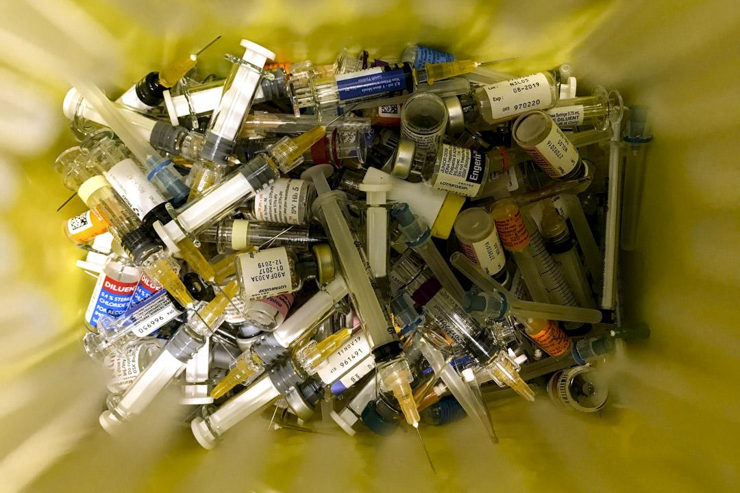 2018年7月24日,香港私人診所的疫苗,因疫苗事件引發對中國整個疫苗行業安全的質疑,導致一些家長在香港尋求疫苗接種。 攝:Anthony Wallace/AFP/Getty Images