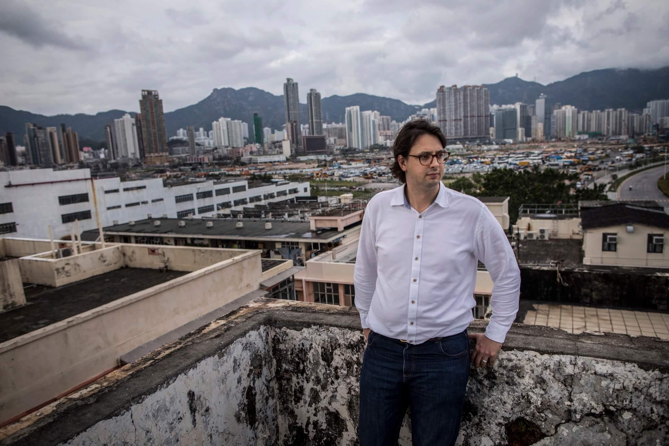 杜浩綸說:「沒錯,香港正經歷某種創傷後遺,明白到我們能帶來改變的力量如此微弱,確實令人沮喪。」紀錄片《分域大道》導演杜浩綸。 攝:Stanley Leung/端傳媒