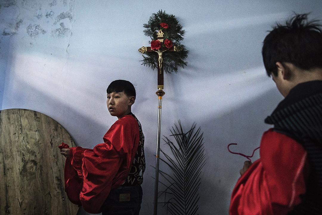 另一個中梵協議沒有改變的,是「地下教會」的「非法」性質。習近平對中國宗教工作,提出了「保護合法、制止非法、遏制極端、抵禦滲透、打擊犯罪」的原則。 圖為河北石家莊地下教會。