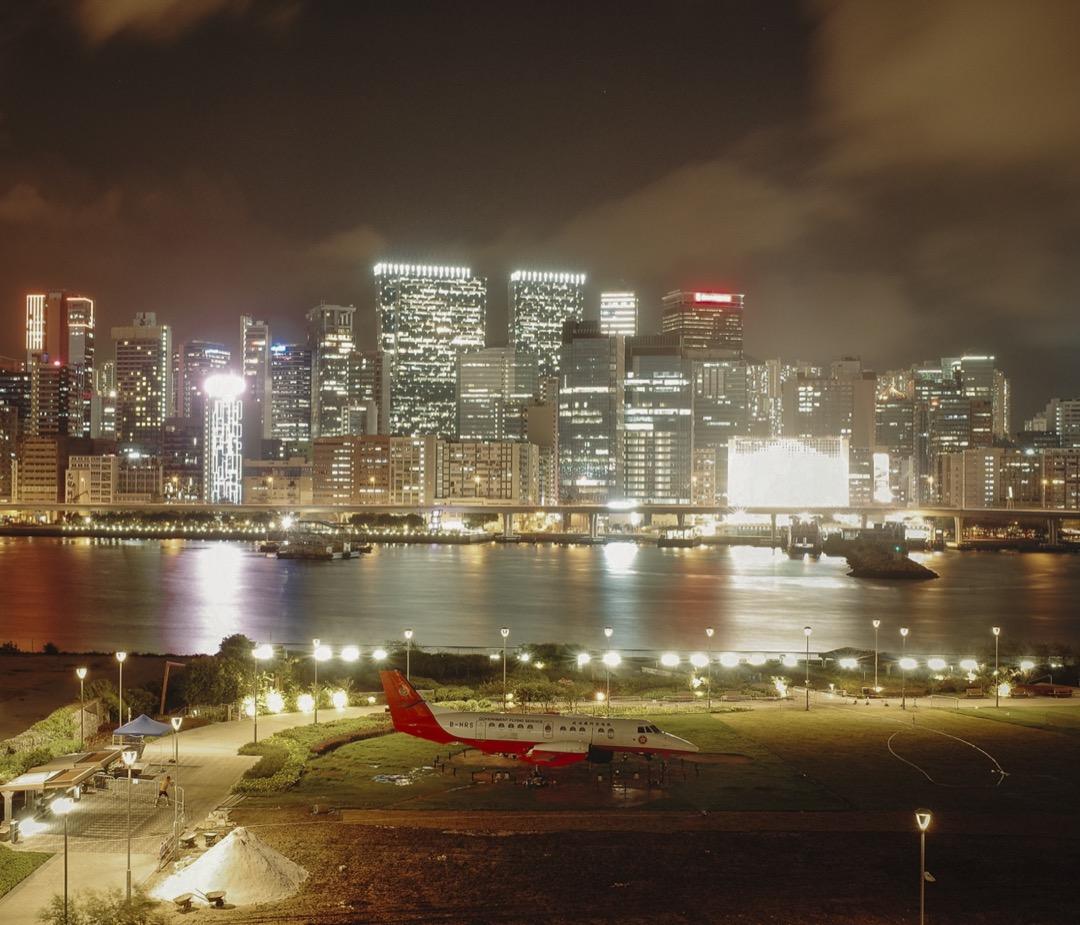 啟德郵輪碼頭外望九龍東。