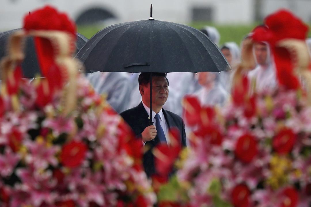 2018年3月,中國修改憲法,將國家主席只能任兩屆的限制取消,習近平將擁有成為終身主席的可能。