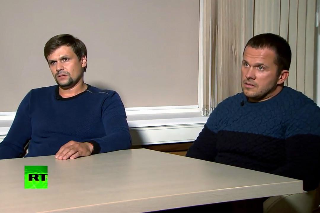 2018年9月13日,被英國指控為神經毒劑襲擊案嫌犯的兩名俄羅斯公民彼得羅夫(Alexander Petrov,左)和博什羅夫(Ruslan Boshirov)接受今日俄羅斯(RT)電視台採訪。 攝:Getty Images