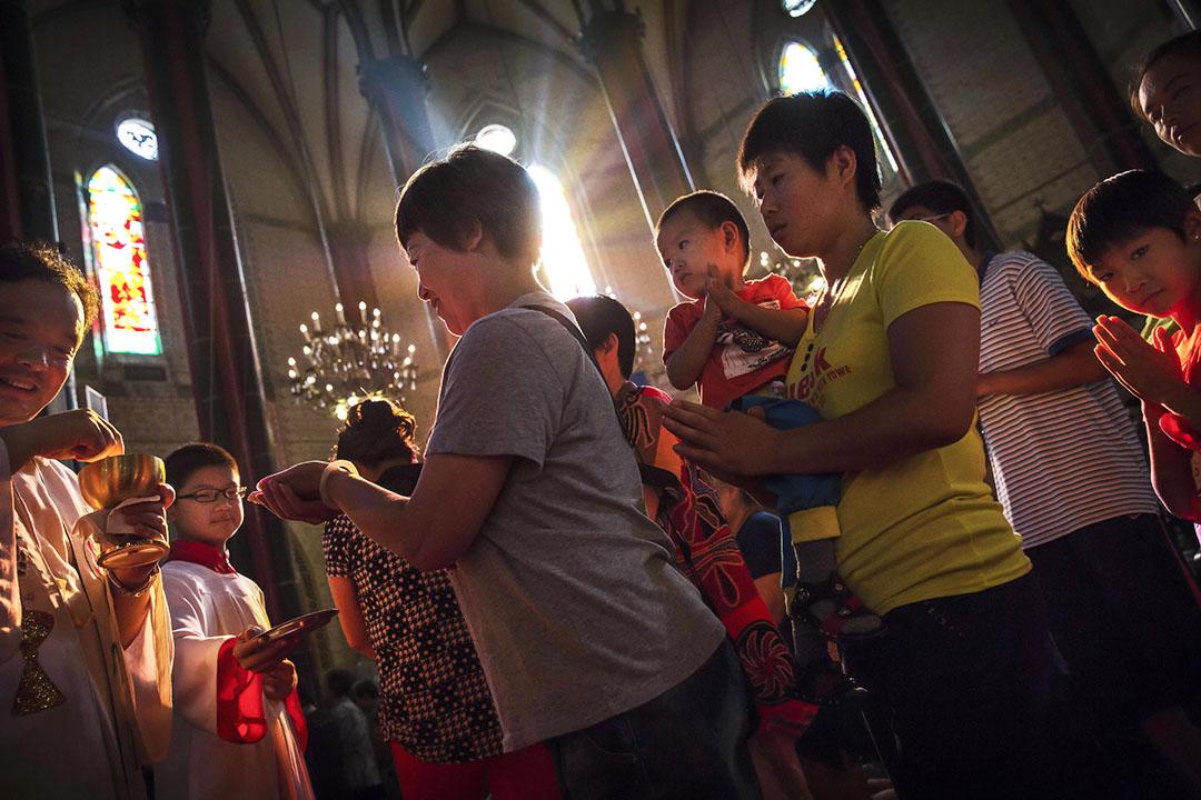 經過無數次的預言與落空,梵蒂岡與中國簽署主教任命協議的傳言成真。 圖為北京一處教會。