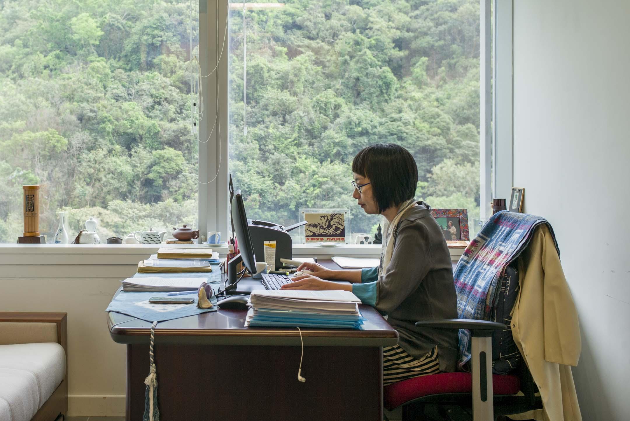 長期研究中國勞工狀況的香港大學社會系教授潘毅,曾發起「全球學者」公開信、徵集學界連署支持深圳佳士科技公司工運及聲援運動。 攝:林振東/端傳媒