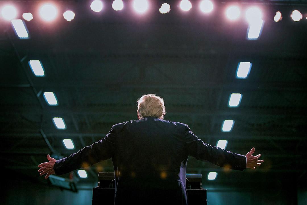 川普的特立獨行,幾乎就是福山意義上的那「最後一人」了,也是中國那些篤信基督教的自由主義知識分子心目中的男性氣概代表。 攝:Scott Olson/Getty Image