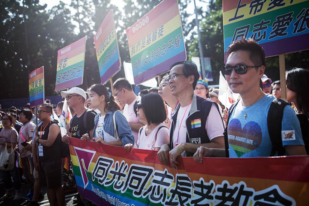 1996年楊雅惠牧師創辦同光同志長老教會,簡稱同光教會。 圖為同光同志長老教會參加2018台灣同志遊行。