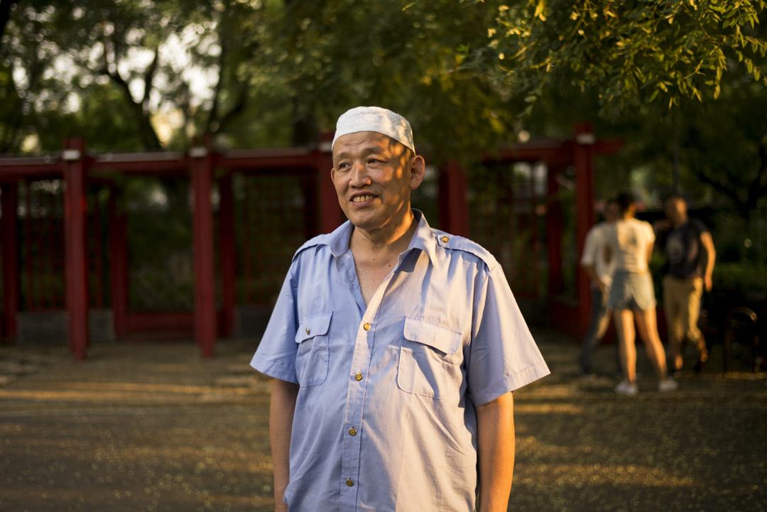 錢振波,62歲,牛街居民。