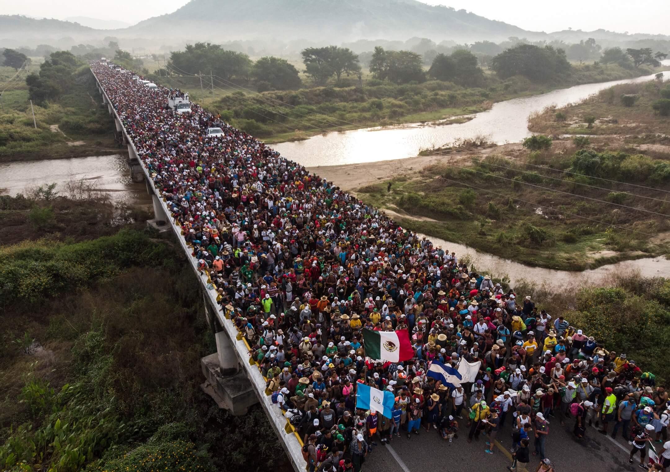 2018年10月27日,洪都拉斯移民大隊正準備離開墨西哥南部城市阿里亞加。