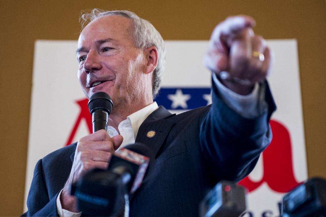 阿肯色州(Arkansas)現任州長共和黨人阿薩·賀欽森(Asa Hutchinson)有望輕鬆擊敗民主黨候選人亨德森(Henderson),開啟他的第二個州長任期。
