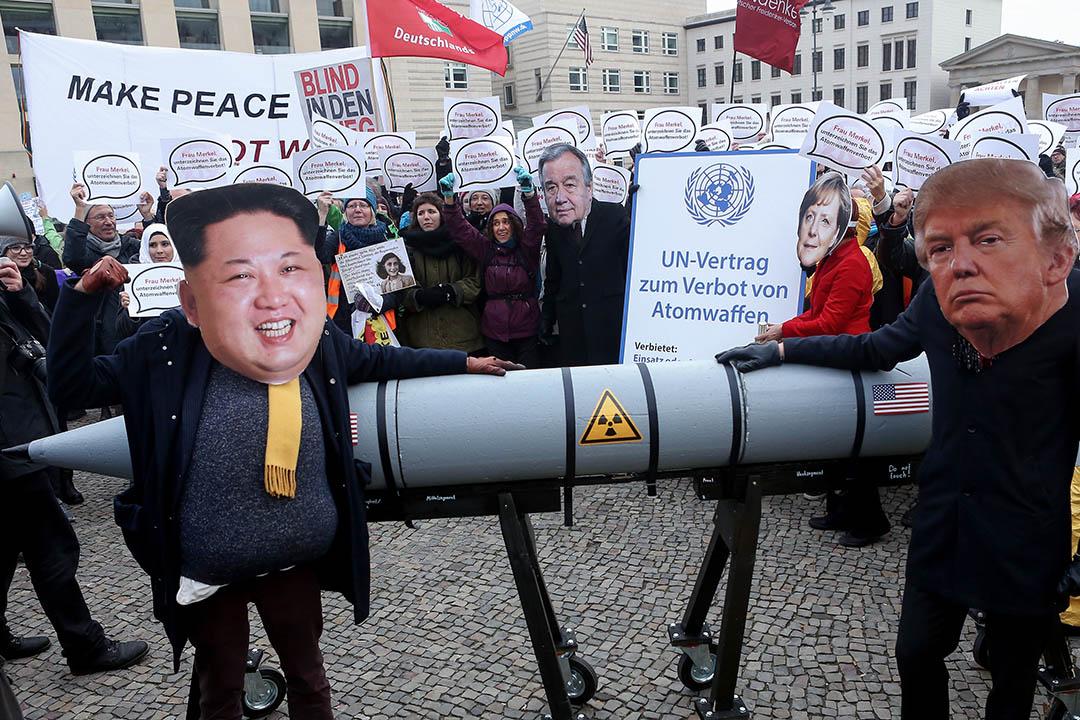 在第三次文金會前,北韓已表示,願意在特朗普任內完成非核化,如今又拿出具核子設施的寧邊來交易。圖為 2017年11月18日,德國柏林舉行的反核武示威。