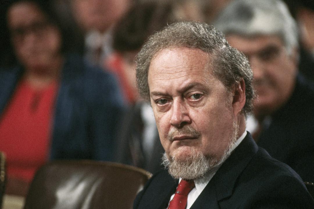 1987年,羅伯特·波克(Robert Bork)的大法官任命最終以42票支持、58票反對的結果流產,聽證會至今仍被保守主義人士們視為民主黨進行惡性黨派鬥爭的最好例子之一。