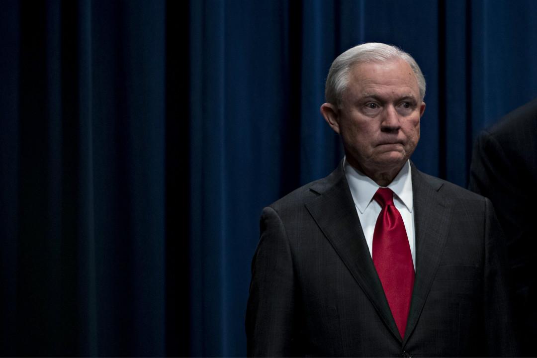 2018年11月7日,美國總統特朗普發推宣布解僱司法部長塞申斯(Jeff Sessions)。 攝:Jim Watson/Getty Images