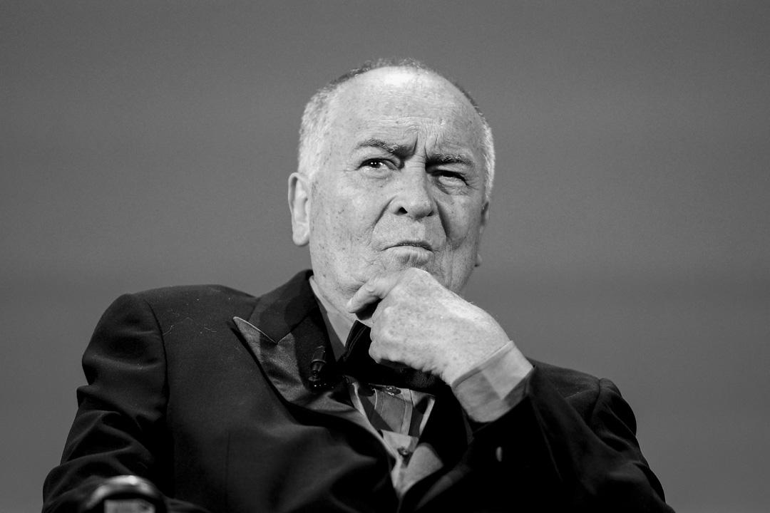 義大利導演貝托魯奇日前因癌症逝世,終年77歲。
