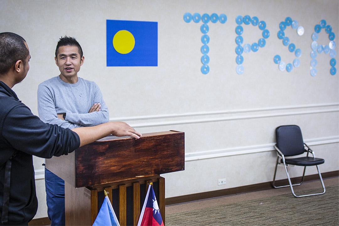 外交人員各出奇招,除了全力促成蔬果外銷,劉仕傑用教育來留人,他主動做了「Taiwan Series Tour Talk」(台灣系列巡迴講座)。