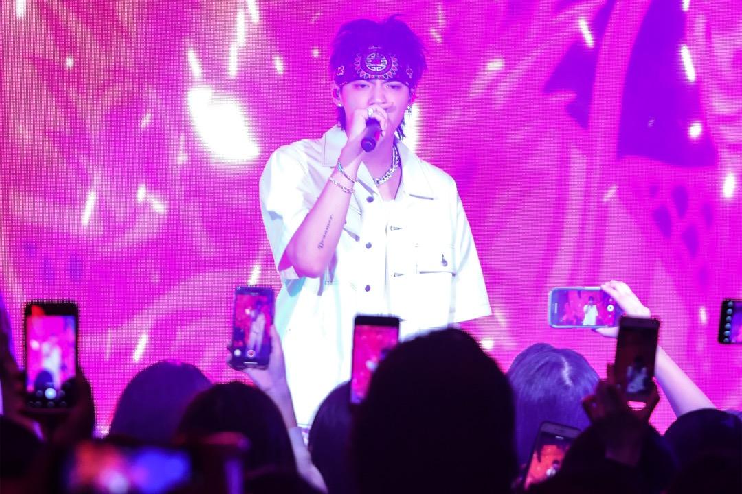 2018年11月6日,吳亦凡在美國紐約市出席新專輯《Antares》的發布派對。 攝:Cassidy Sparrow/Getty Images for Interscope Records