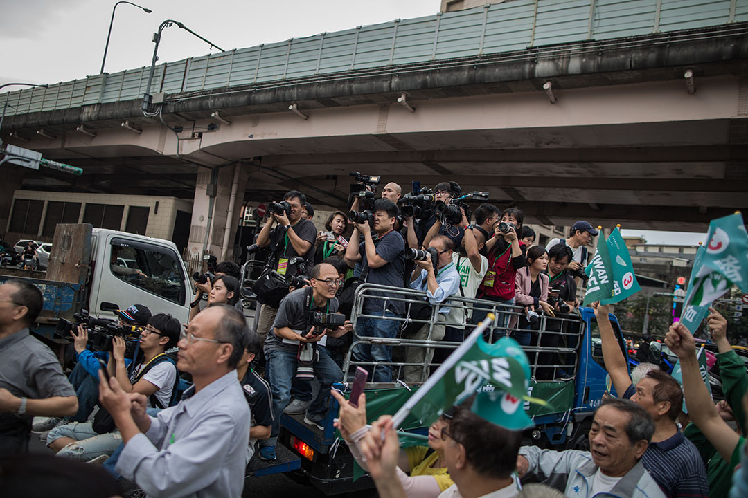 2018年11月18日,傳媒正在拍攝台北市長候選人姚文智的造勢活動。