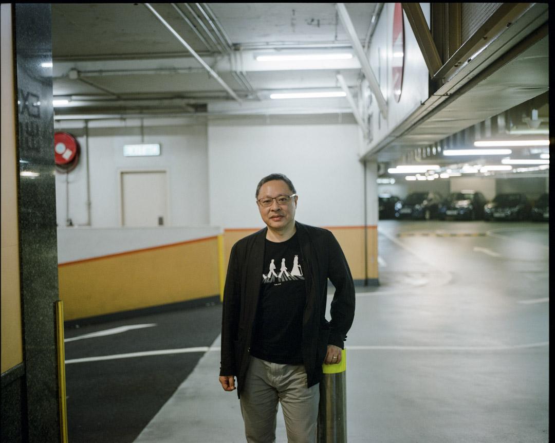 「佔中三子」之一戴耀廷,從提出「佔中」的2013年,到2016年「雷動」計劃,到2017年「風雲」計劃,他在「推銷」中體會輸贏是短暫的,也讓自己煥發出樂觀的生機。