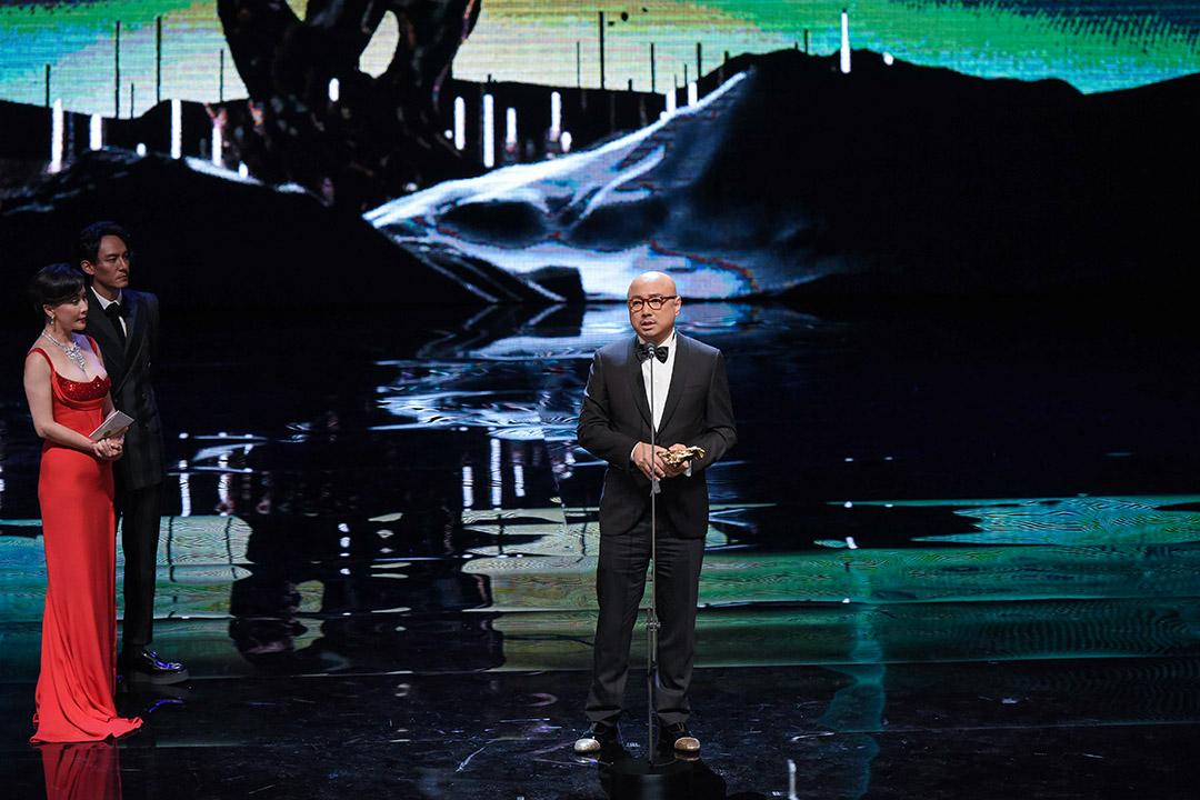 徐崢發表影帝感言時也以金馬獎是「專業的電影殿堂」和「相信中國電影會越來越好」作為結語。