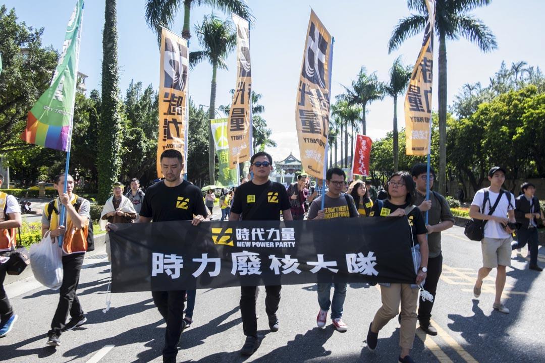 「時代力量」主席黃國昌喊出「至少上20席」的目標。本屆議員選舉能否開出漂亮成績,成為能否延續政黨生命、站穩基層的關鍵一役。