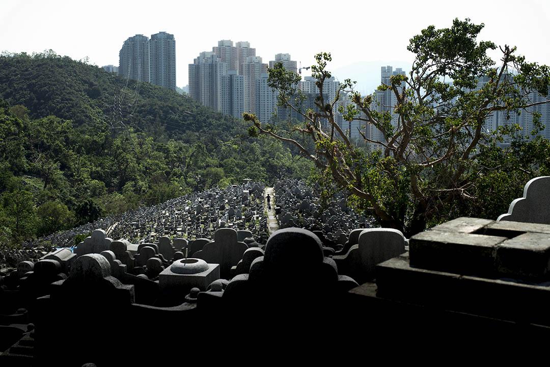 房屋問題一直困擾香港人,有調查指香港樓奴指數45.5分。 攝:林振東/端傳媒