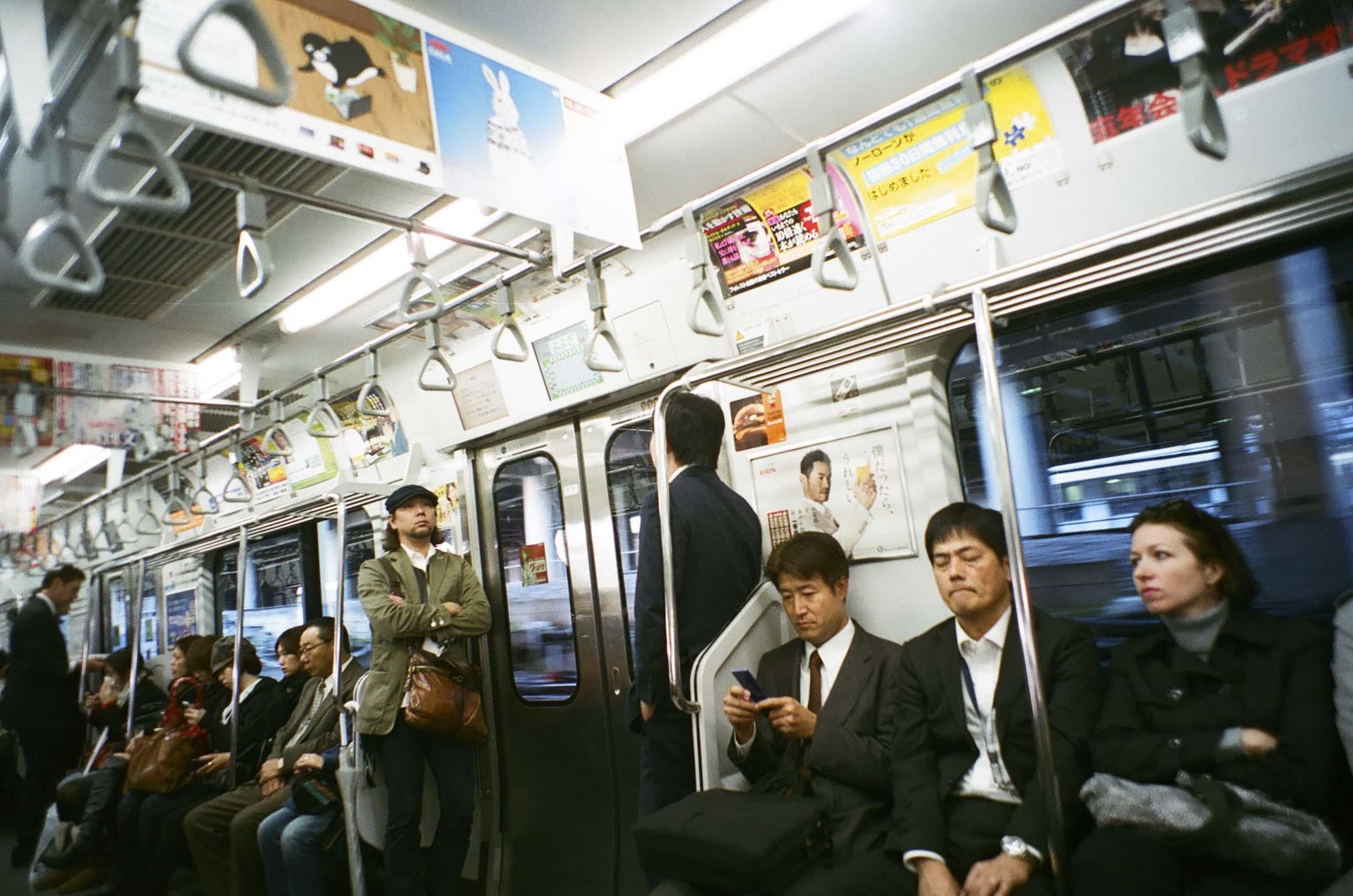 日本鐵路一向惹人憧憬,大想因為現實中滿溢鐵路宅迷以及文本中充斥關於鐵路文化的作品之故,令到旁觀者常有無限遐想。  攝:林振東/端傳媒