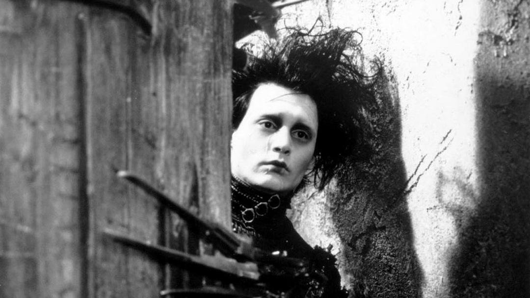 《Edward Scissorhands 剪刀手愛德華》電影劇照。