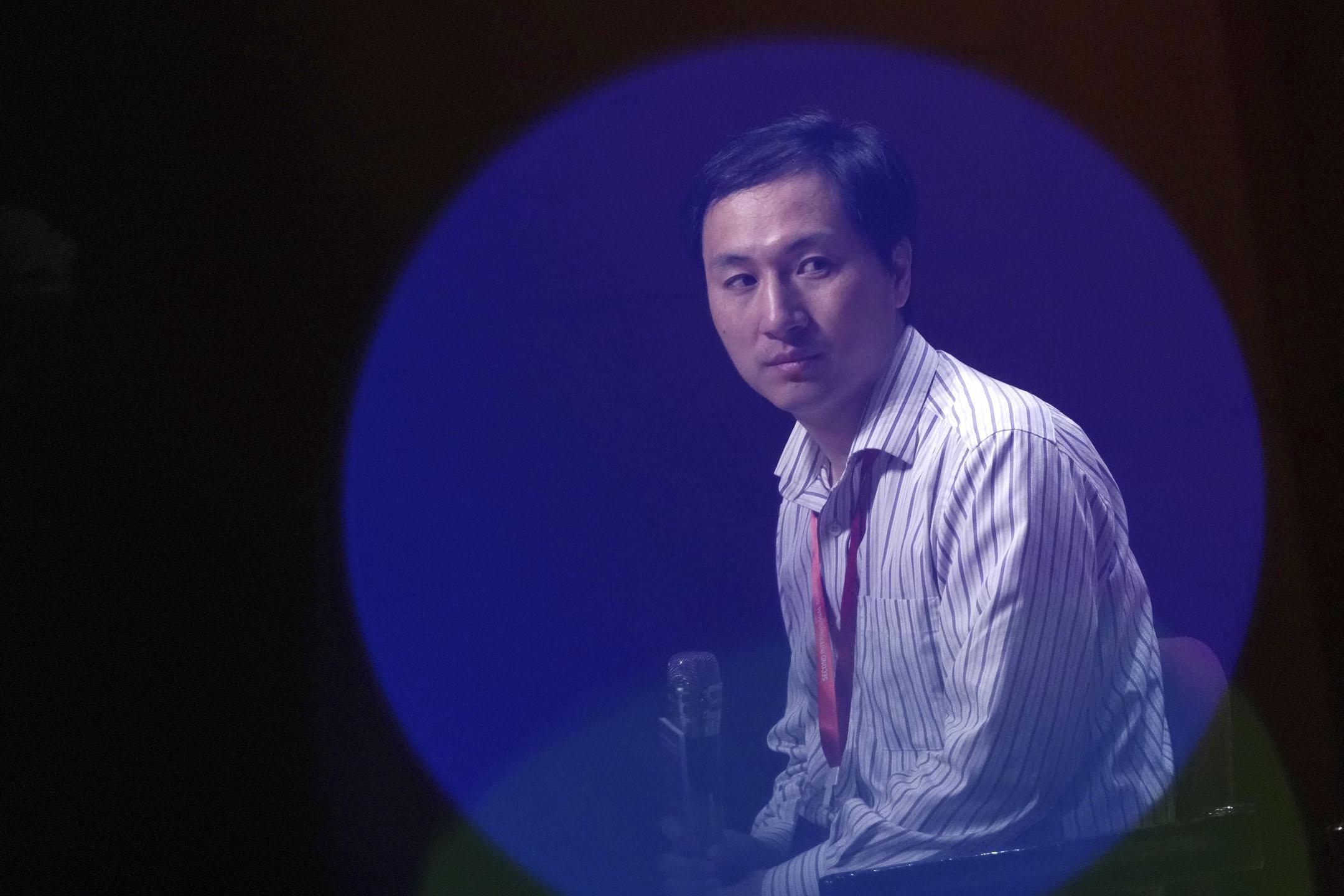 2018年11月28日,中國大陸科學家賀建奎出席在香港大學舉辦的基因編輯國際峰會,並發表演講。 攝:Anthony Kwan/Bloomberg via Getty Images