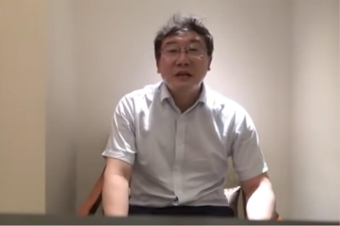 2018年12月29日,大陸媒體《華夏時報》發布錄像,疑似最高人民法院法官王林清為保護自己「免遭不測」,陳述陝西榆林千億礦權案「卷宗被盜」事件始末。 圖片來自網絡視頻。