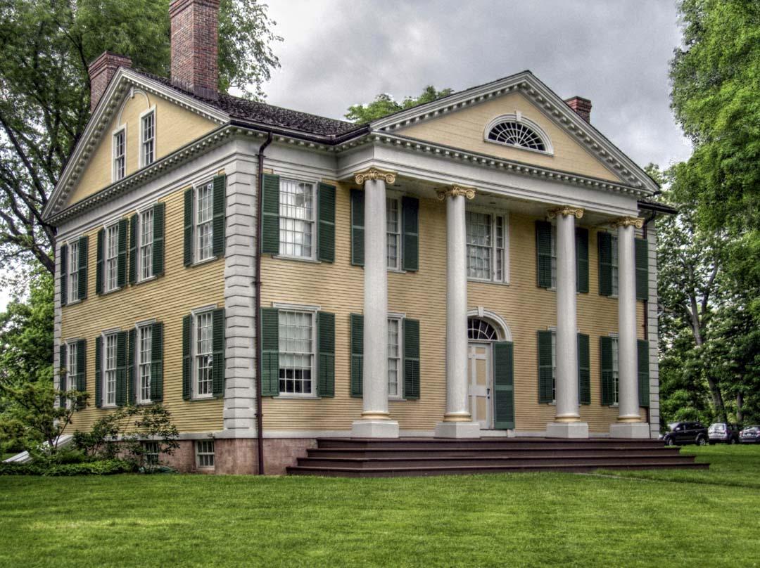弗洛倫斯•格里斯伍徳故居,這棟希臘復興式建築由她父親修建於1817年。