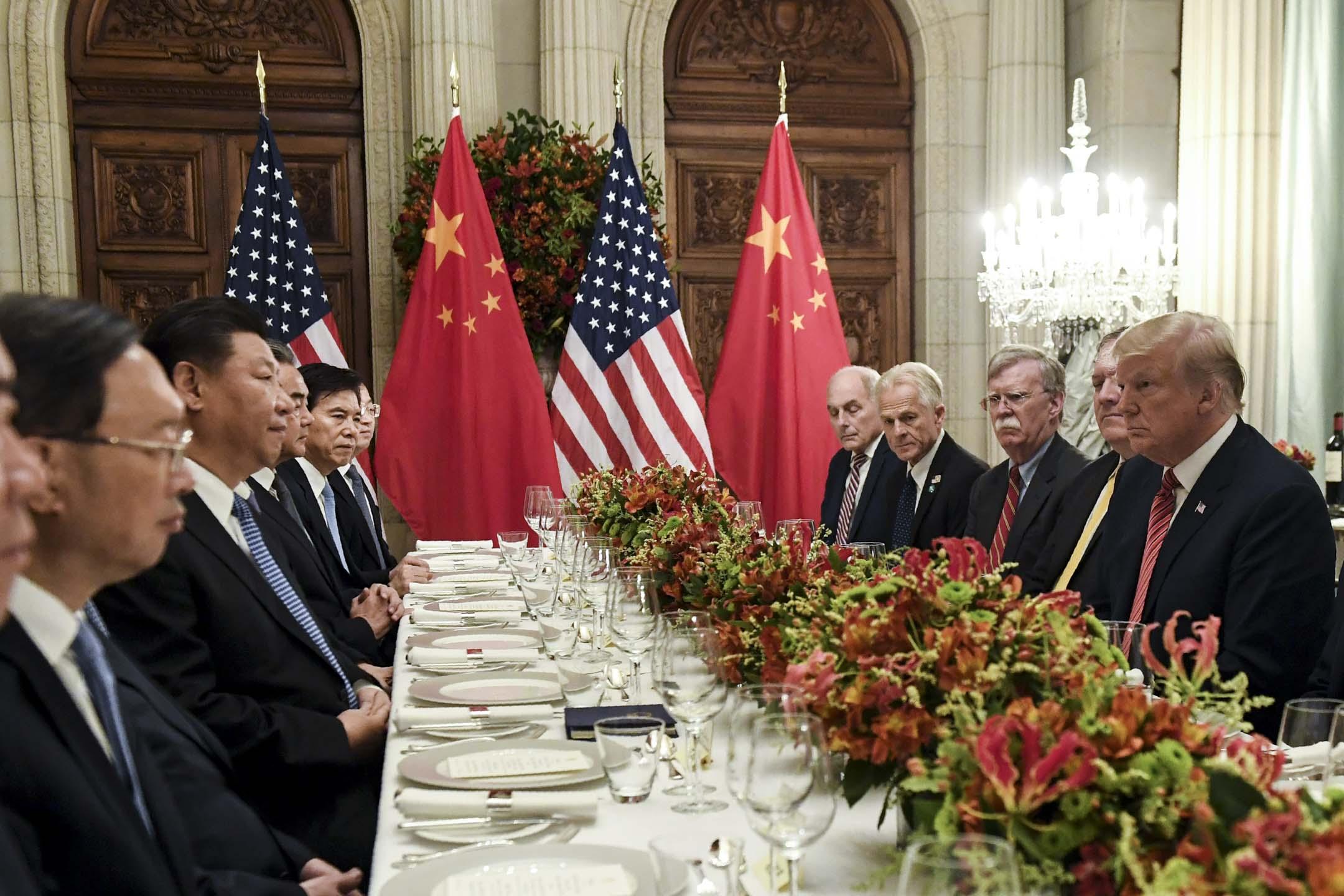2018年12月1日,中國國家主席習近平,應邀與美國總統特朗普,在阿根廷布宜諾斯艾利斯共晉晚餐,會晤超過兩小時。 攝:Saul Loeb/AFP/Getty Images