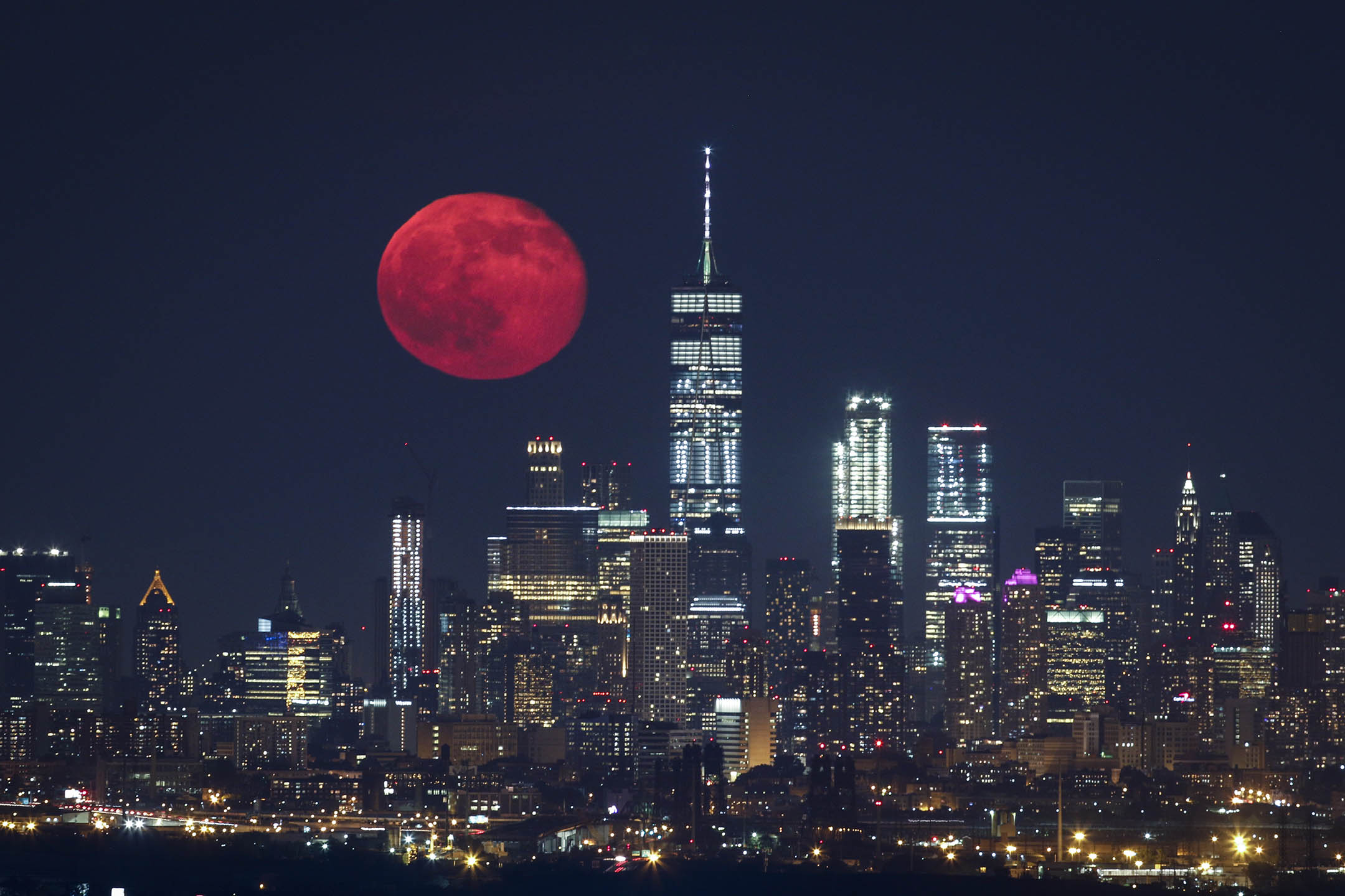 不管是月球、小行星,或所謂的月軌內空間(Cislunar 即地球和月球之間的空間),都有許多探索價值。