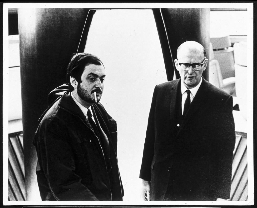 《2001: A Space Odyssey 2001太空漫遊》導演Stanley Kubrick與Arthur C. Clarke。