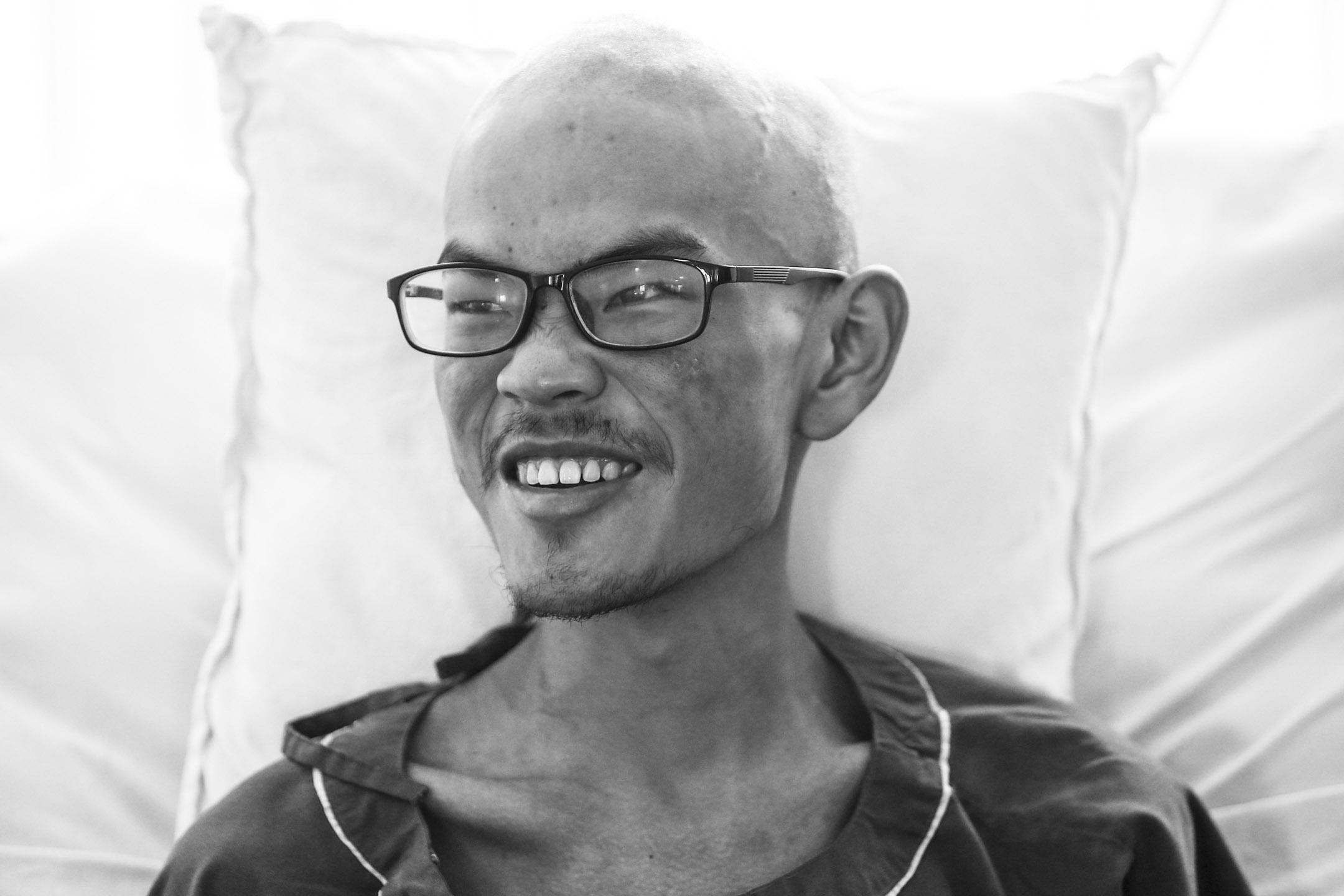 2017年4月26日,梁聖嶽在醫院接受檢查。