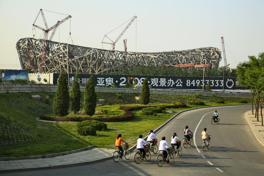 2008年是中國城市化建設的重要一年。奧運盛會在北京召開,從申辦到舉行的前奧運階段,大規模的基礎設施投資在中國大陸興起。